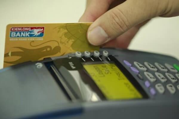 Dịch vụ rút tiền mặt từ thẻ tín dụng Kiên Long Bank chi phí cực thấp, nhanh gọn tại dichvuthetindung.vn