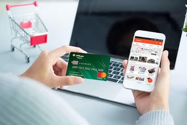 đáo hạn thẻ tín dụng rút tiền thẻ tín dụng tại TPHCM