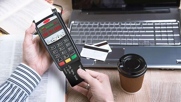 Đáo hạn thẻ tín dụng & rút tiền thẻ tín dụng tại TPHCM chi phí thấp chỉ có tại dichvuthetindung.vn