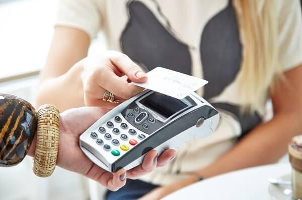 Dịch vụ đáo hạn thẻ tín dụng VPBank giá rẻ, an toàn, nhanh chóng chỉ có tại dichvuthetindung.vn