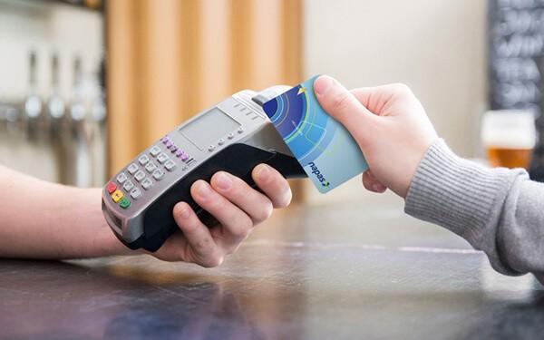 Dịch vụ rút tiền mặt và đáo hạn thẻ tín dụng ở Nghệ An phí thấp, nhanh chóng, an toàn tại dichvuthetindung.vn