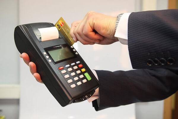 Dịch vụ rút tiền và đáo hạn thẻ tín dụng tại Hưng Yên nhanh chóng, hỗ trợ tận nơi khi khách hàng sử dụng dịch vụ của dichvuthetindung.vn