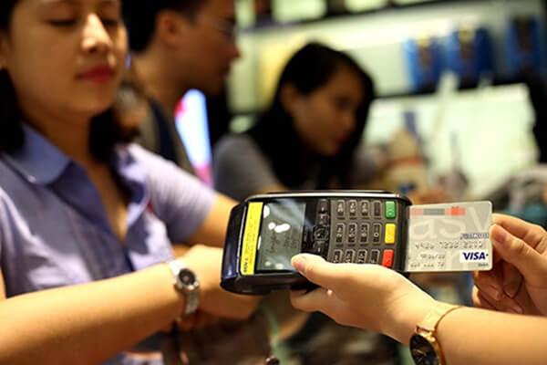 Dịch vụ rút tiền và đáo hạn thẻ tín dụng tại Cà Mau được đông đảo khách hàng lựa chọn bởi lợi ích hấp dẫn về chi phí