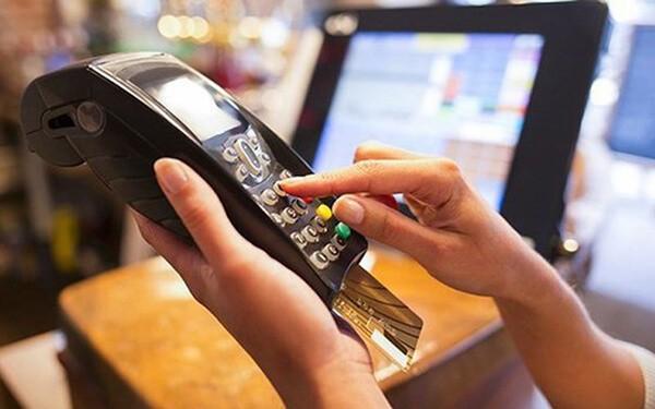 rút tiền và đáo hạn thẻ tín dụng tại Hà Nam