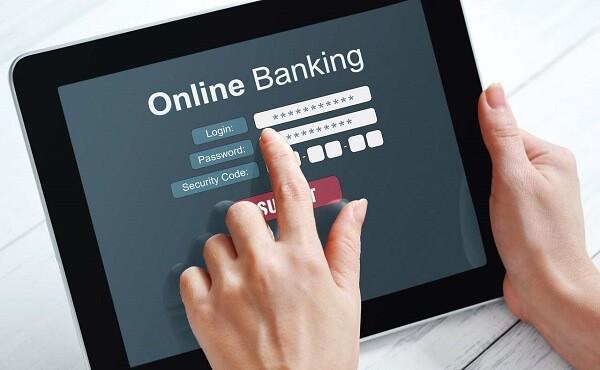 Thanh toán dư nợ đúng hạn sẽ giúp bạn không bị tính lãi suất thẻ tín dụng Techcombank