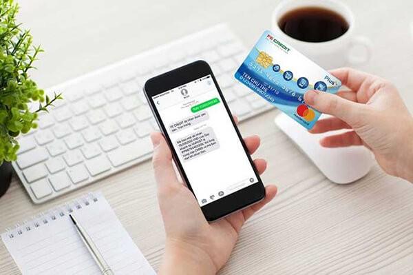 đáo hạn thẻ tín dụng FE CREDIT