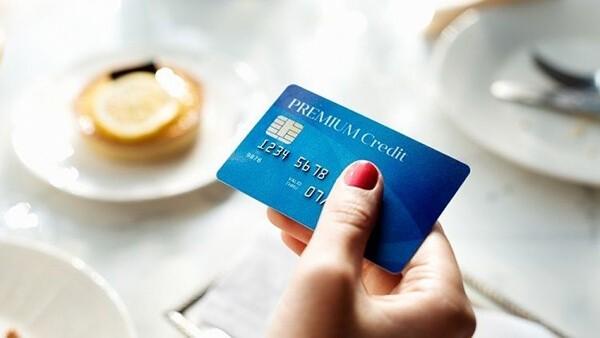 Đáo hạn thẻ tín dụng Sacombank tại nhà giá rẻ