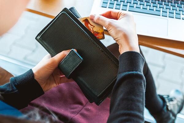 Dịch vụ đáo thẻ tín dụng Standar Chartered giá rẻtại Hà Nội