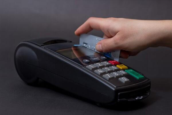Đáo hạn thẻ tín dụng tại huyện Quốc Oai giá rẻ tại nhà, phí dịch vụ chỉ từ 1,6%