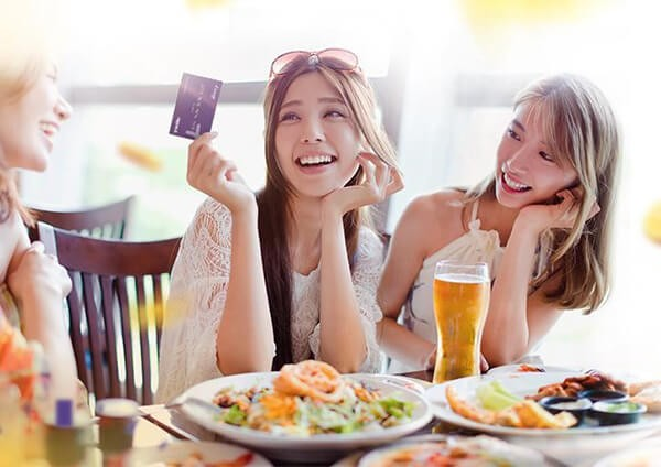 Đáo hạn thẻ tín dụng tại quận Hai Bà Trưng đúng hạn sẽ giúp phát huy lợi ích thẻ tín dụng