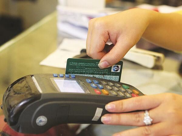 Đáo hạn thẻ tín dụng tại quận Thanh Xuân Hà Nội hỗ trợ khách hàng giải quyết những khó khăn ban đầu về tiền mặt