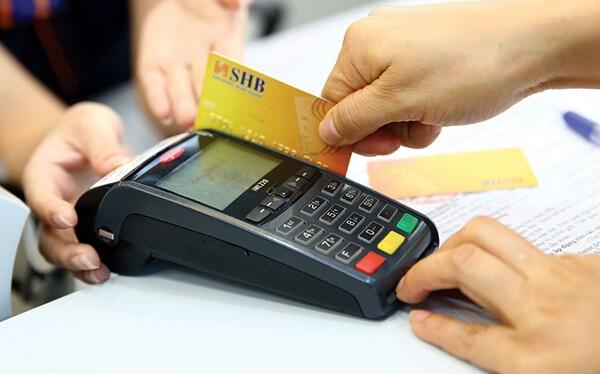 Đáo hạn thẻ tín dụng tại Thạch Thất giúp khách hàng tránh rủi ro về chi phí
