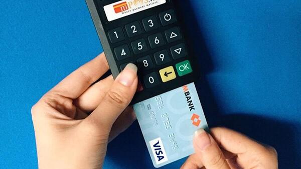 Đáo hạn thẻ tín dụng Techcombank tại Hà Nội giá rẻ chỉ từ 1,6% của dichvuthetindung.vn