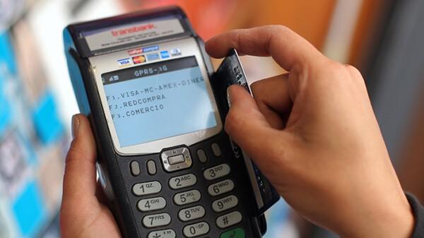 Dịch vụ đáo hạn thẻ tín dụng tại quận Ba Đình hỗ trợ khách hàng giải quyết dư nợ nhanh chóng với mức phí cực thấp