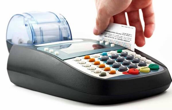 Đáo hạn thẻ tín dụng quận Long Biên của dichvuthetindung.vn với mức phí chỉ từ 1,6%