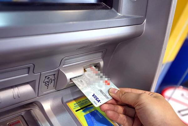 Địa chỉ rút tiền thẻ tín dụng tại Bắc Ninh hỗ trợ khách hàng rút tiền với lãi suất thấp hơn so với khi rút tiền tại ATM