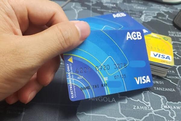 Dichvuthetindung.vn hỗ trợ rút tiền mặt thẻ tín dụng ACBBank giá rẻ chỉ từ 1,6%