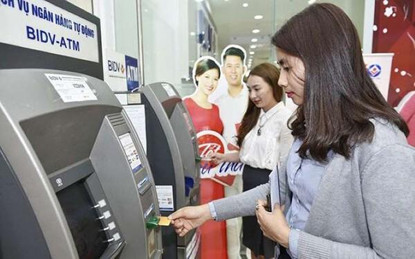 Dịch vụ rút tiền mặt từ thẻ tín dụng BIDV