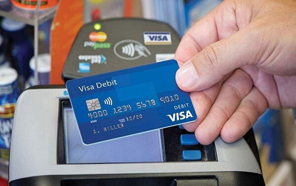 Nhu cầu rút tiền mặt thẻ tín dụng giá rẻ tại quận Hoàn Kiếm ngày càng trở nên phổ biến