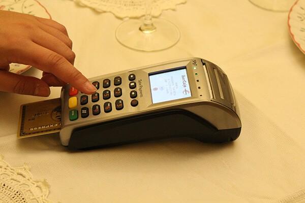 Dịch vụ rút tiền mặt thẻ tín dụng giá rẻ tại quận Thanh Xuân mang lại nhiều tiện ích vượt trội