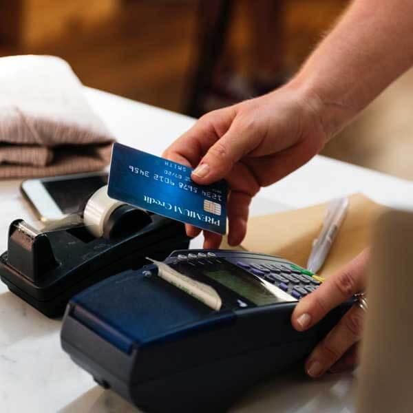 Dịch vụ rút tiền mặt thẻ tín dụng tại quận Hoàng Mai giá rẻ tại nhà