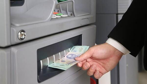 Lãi suất rút tiền mặt từ thẻ tín dụng Techcombank