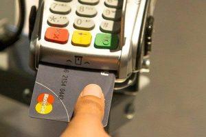 Quẹt thẻ tín dụng là gì?